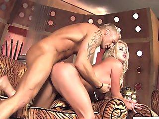 Sexy Mia Lelani and Marcus London Fuck Hard And Deep!